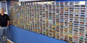 O-Scale train display case